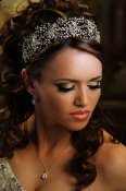 HB118-Thick Swarovski crystal spray headband